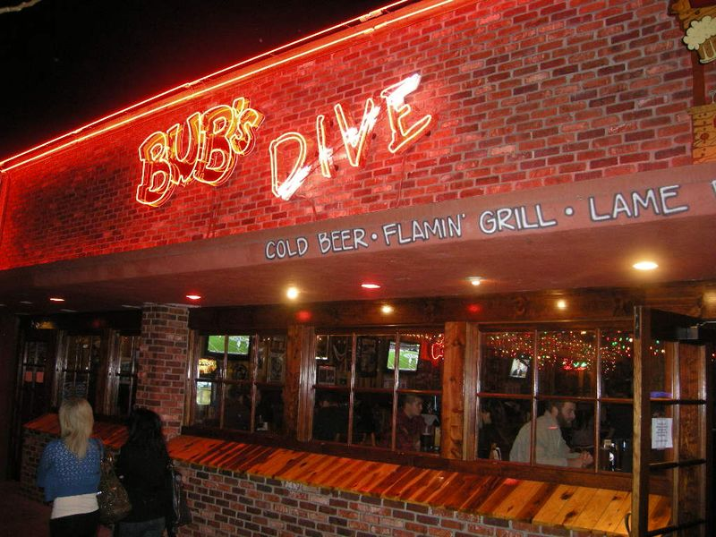 Bub's Dive Bar 015