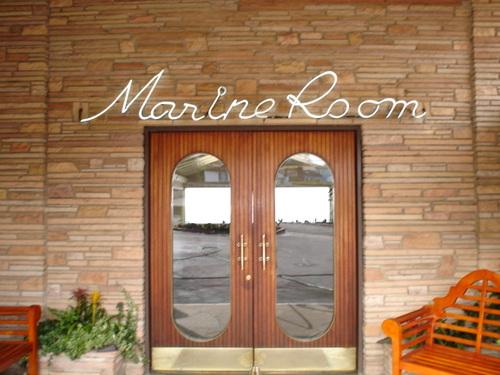 Marine_room_010_1
